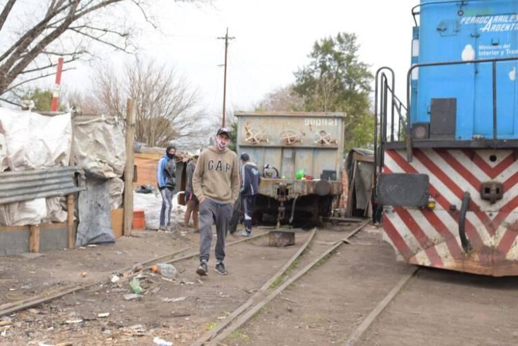 """La Fraternidad denunció """"centenares de nuevas tomas"""" de tierras ferroviarias y acusó a las comunas"""