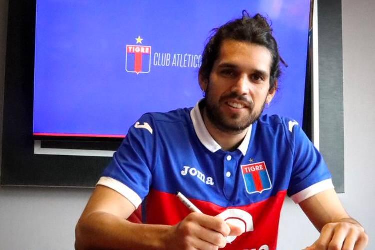 El delantero Magnín se queda en Tigre tras mejorar su contrato