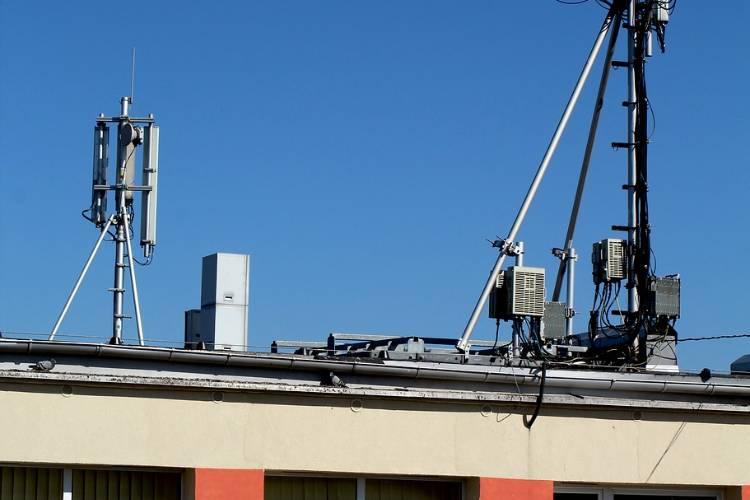 Oficializan la eliminación del cobro de roaming entre la Argentina y Chile