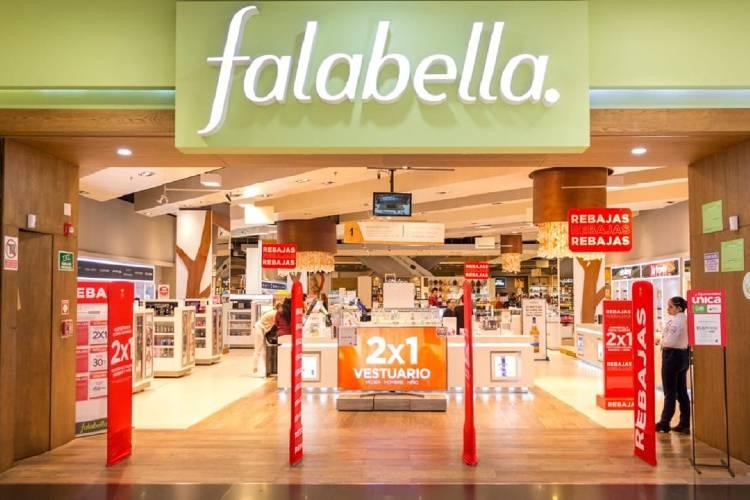Falabella quiere dejar Argentina y cierra 4 locales