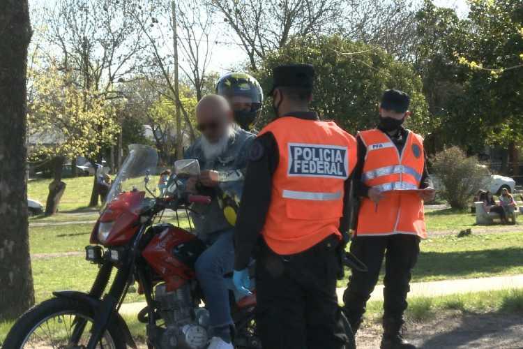 Realizan un operativo preventivo por carreras de motos en Campana