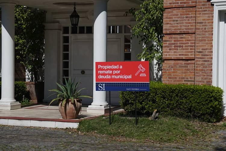 San Isidro manda a remate una mansión lujosa por una deuda millonaria de ABL