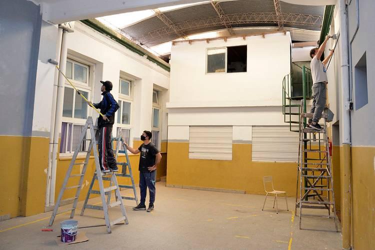 REalizan mejoras edilicias en la Escuela Primaria N°3 de Tigre centro