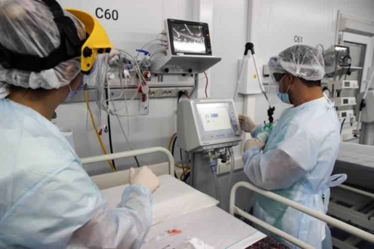 La provincia creó una unidad de gestión centralizada de camas para evitar la saturación del sistema sanitario
