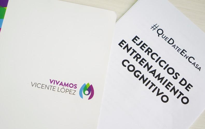 Vicente López entrega cuadernillos de ejercicios mentales a personas mayores