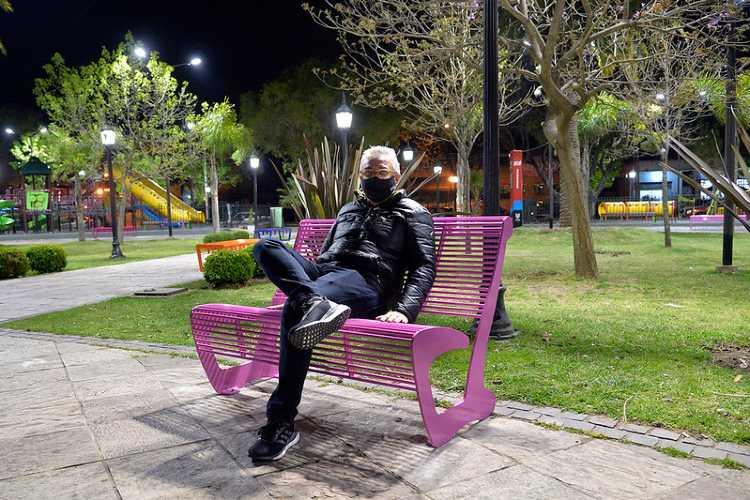 Julio Zamora supervisó la puesta en valor de la Plaza San Martín en Benavídez