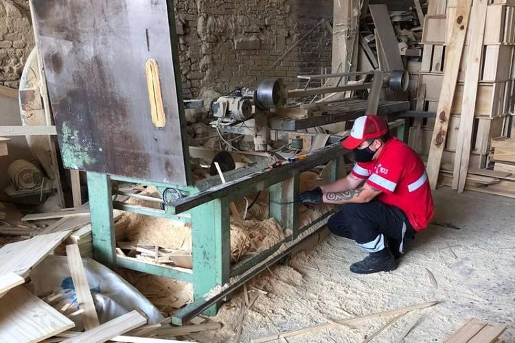El Municipio de Tigre clausuró y secuestró maquinaria de una fábrica de muebles en Las Tunas