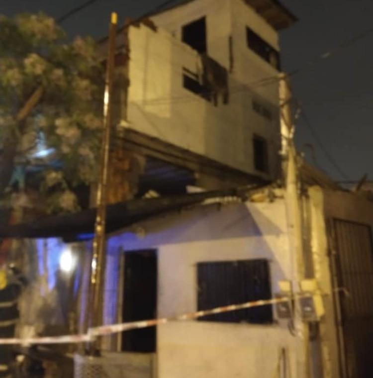 El derrumbe de una medianera pudo causar una tragedia en San Fernando