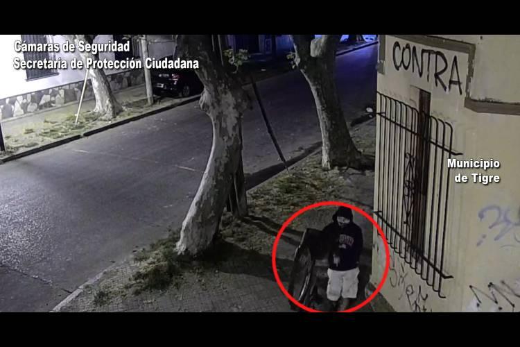 Seguimiento por las cámaras: Detienen a tres ladrones por robar en Tigre centro