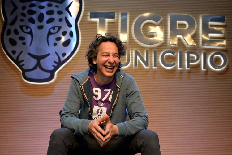 Javier Calamaro se presenta en el ciclo de shows virtuales de Tigre