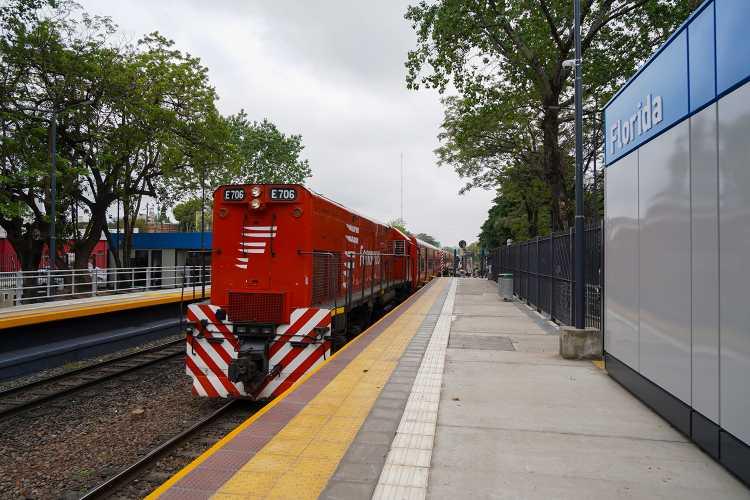 Se Inauguró la renovación de la estación Florida del Belgrano Norte