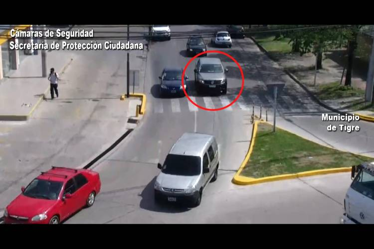 Circulaba por Tigre con una camioneta robada y fue detenido