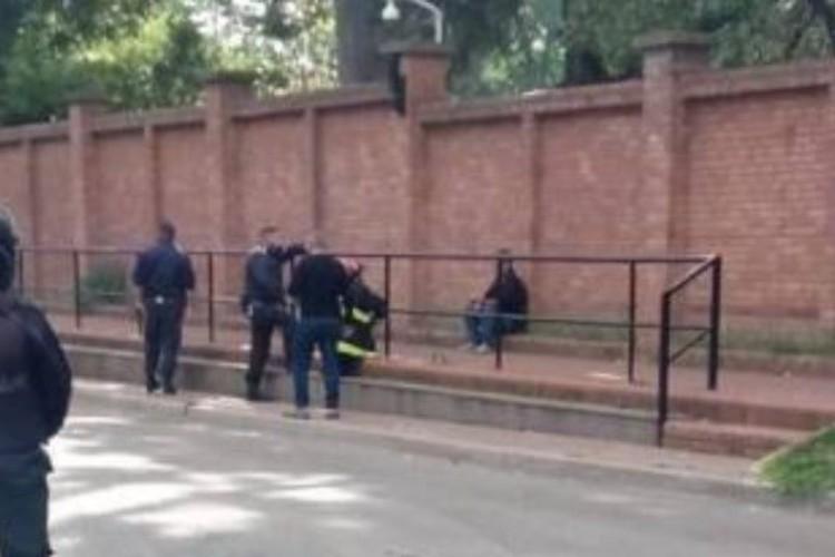 Por tercera vez vuelve al entorno de la Quinta de Olivos el hombre que arrojó una bomba molotov