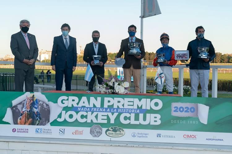 Volvieron las grandes carreras del turf a San Isidro tras más de 200 días