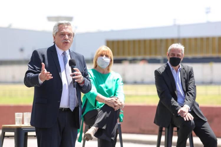 Alberto Fernández al confirmar que la Argentina recibiría las vacunas Sputnik V