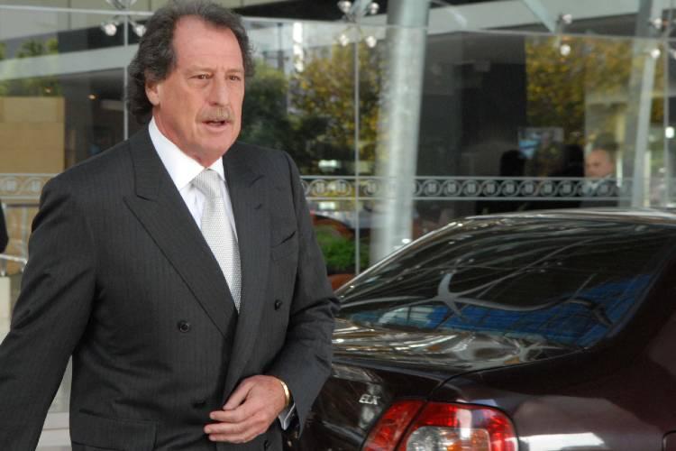 Murió el banquero Jorge Brito tras la caída de su helicóptero en Salta