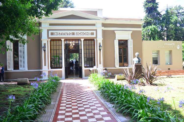 El instituto Bignone de Vicente López celebra el 19º aniversario