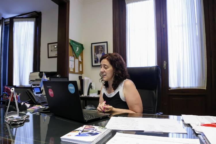 La Provincia presentó un ciclo de charlas virtuales para el fortalecimiento de los medios de comunicación bonaerenses