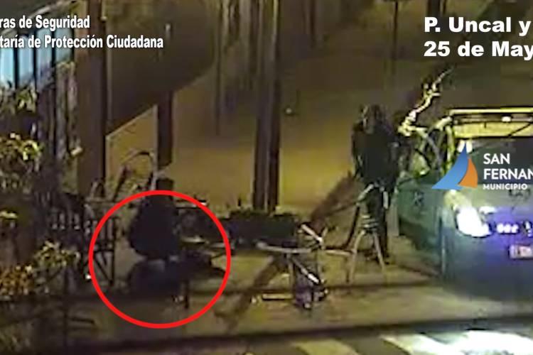 En San Fernando detienen a dos motociclistas armados luego de una persecución