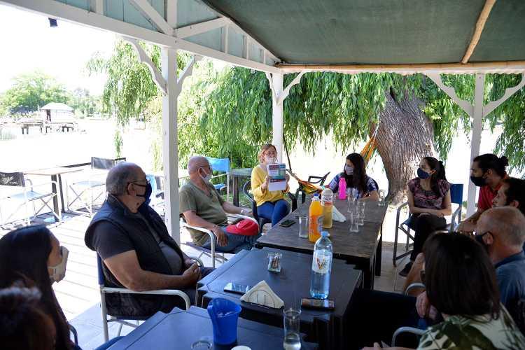 Cianobacterias en el Delta: Tigre inició encuentros preventivos con prestadores turísticos y vecinos