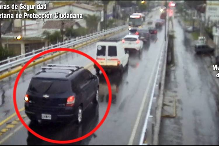 Tigre: Conducía una camioneta robada, intentó escapar y fue detenido