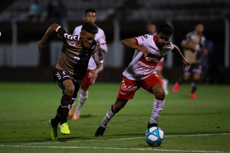 Platense y Deportivo Morón empataron en Vicente López