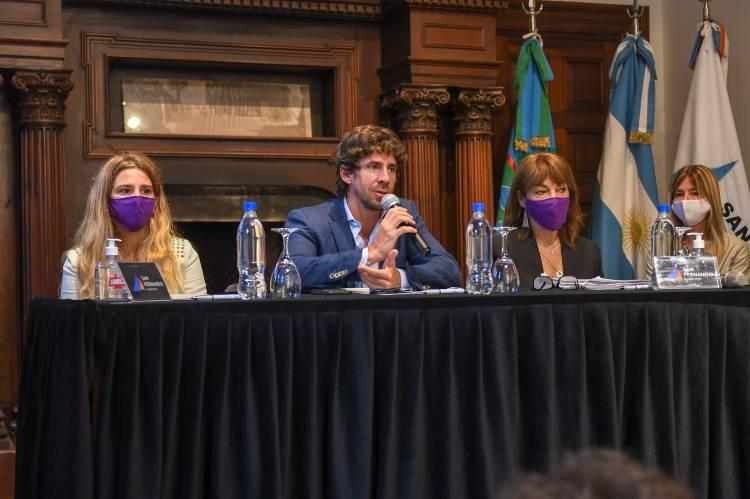 Juan Andreotti presentó el plan de obras del Programa de Ayuda a Escuelas Provinciales 2021