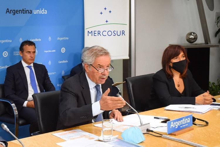 """Solá: """"El Mercosur superó las dificultades con actitud política"""""""