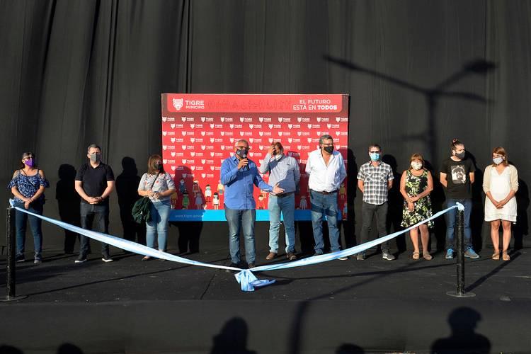 Inauguración de la senda peatonal y aeróbica Abuelas de Plaza de Mayo en el barrio La Paloma de El Talar
