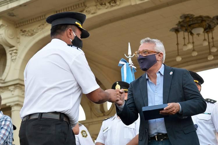 Julio Zamora reconoció la labor de la Policía de la Provincia de Buenos Aires
