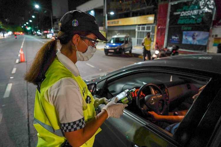 Cómo son las nuevas disposiciones y restricciones horarias en la provincia de Buenos Aires
