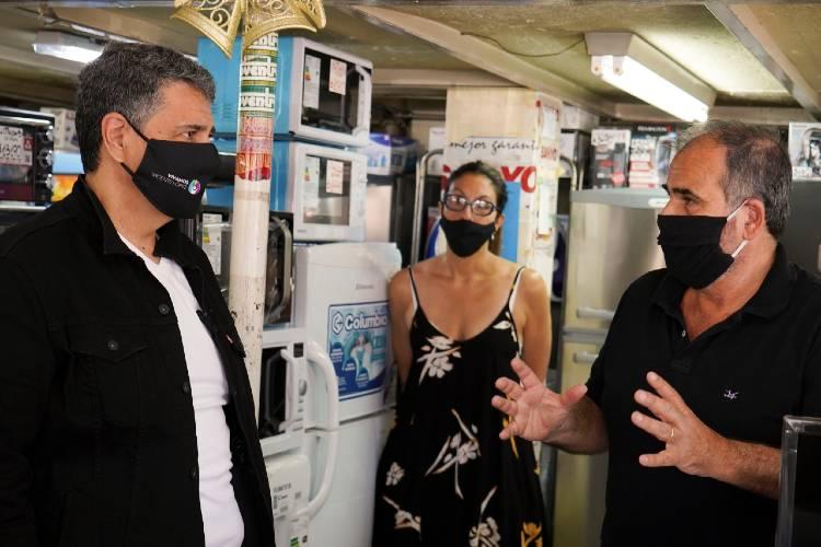 Jorge Macri supervisó el operativo de desinfección en Carapachay