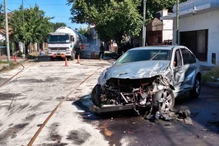 El choque de un Camión cargado de Gas Licuado causó alarma en Boulogne