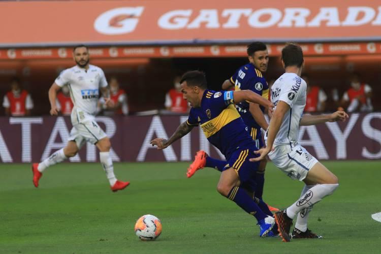 Boca empató con Santos y la búsqueda de la final de la Libertadores quedó abierta