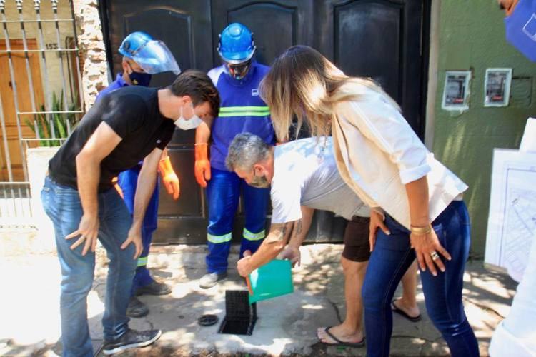 Malena Galmarini y Lucas Ghi pusieron en servicio cloacas para más de 3400 vecinos en Morón