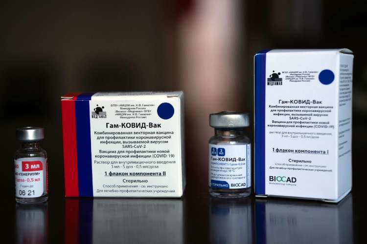 Vacunas contra el Covid-19: En el último mes llegaron más de 6 millones y se aplicaron más de 4 millones