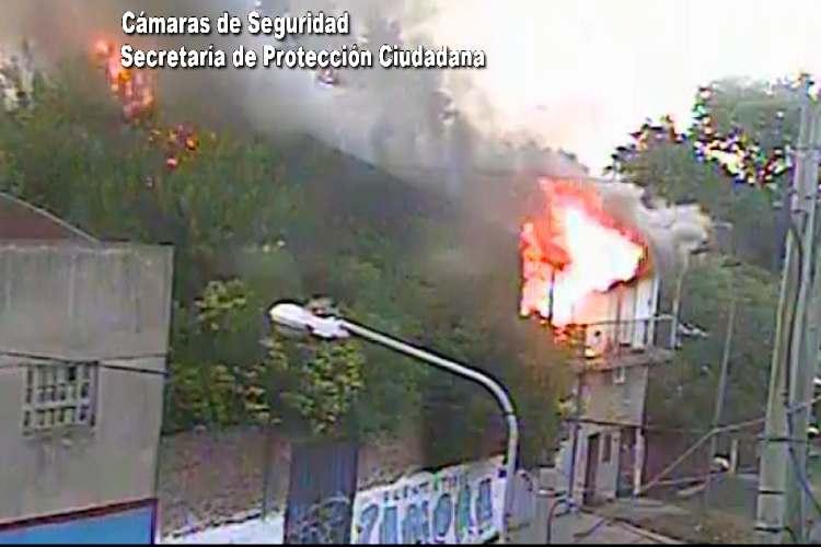 Tigre controlan un peligroso incendio en Don Torcuato.