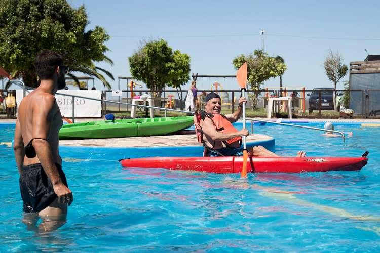San Isidro: travesía en kayak, una aventura que suma adeptos en puerto libre.