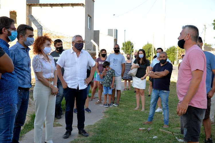 Julio Zamora destacó el acompañamiento del Municipio en la urbanización de un barrio en El Talar sur.