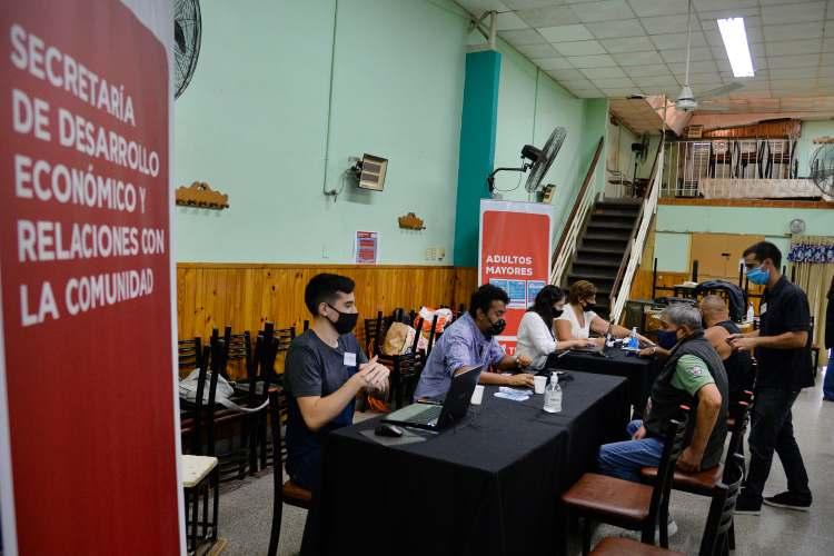 Más de 300 adultos mayores de Tigre ya se inscribieron a Buenos Aires Vacunate.