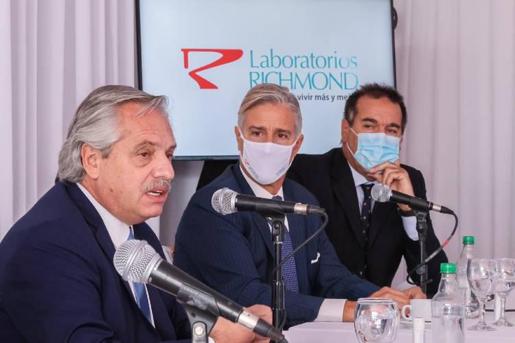 El presidente visito la planta del laboratorio Richmond en Pilar