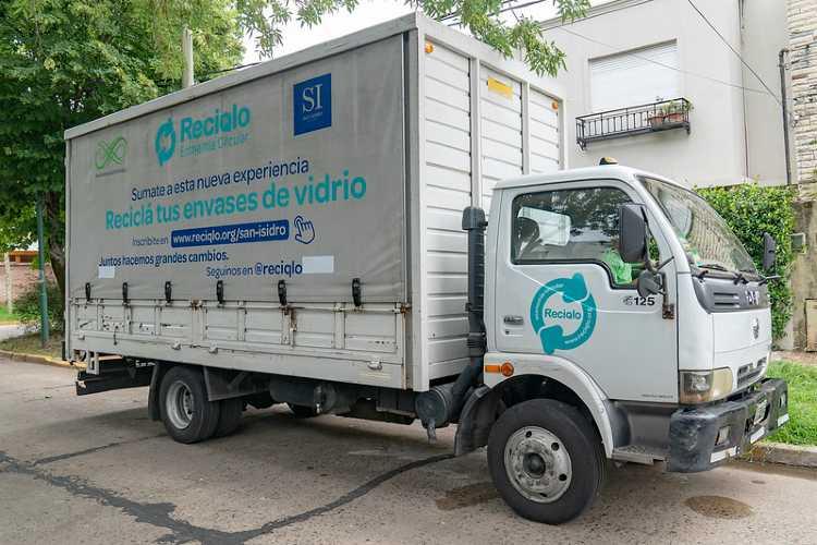 San Isidro lanzó el primer programa de reciclado de vidrio a domicilio