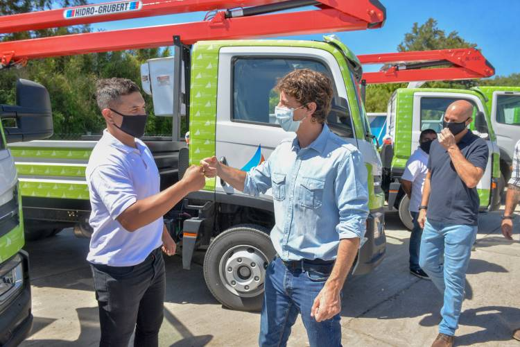 San Fernando incorporó 11 nuevos camiones y móviles para la flota del Municipio