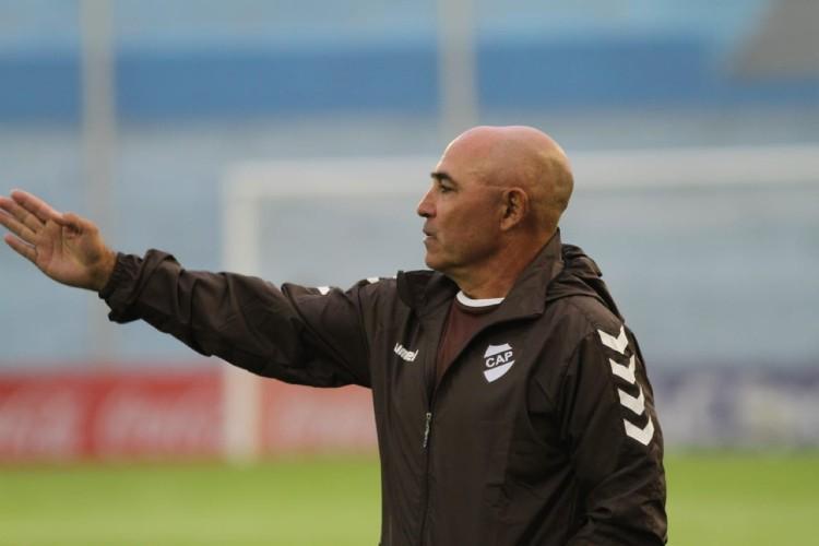 El entrenador Juan Manuel Llop acordó durante la jornada de hoy la extensión del contrato que lo vinculará a Platense hasta diciembre venidero.