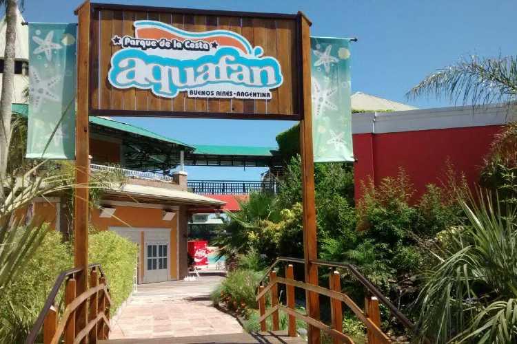 Aquafan vuelve a abrir tras resolver los conflictos comerciales que lo pusieron al borde del cierre definitivo
