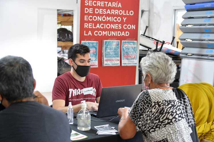 Los adultos mayores de Tigre pueden inscribirse a Buenos Aires Vacunate en los polideportivos municipales