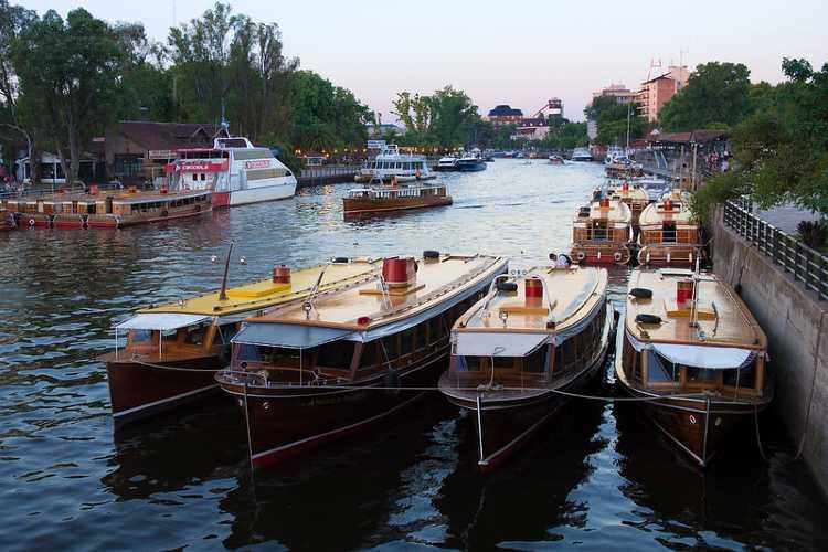 Tigre: Un Paro de lanchas provocó la bronca de turistas y enormes pérdidas económicas a prestadores del Delta
