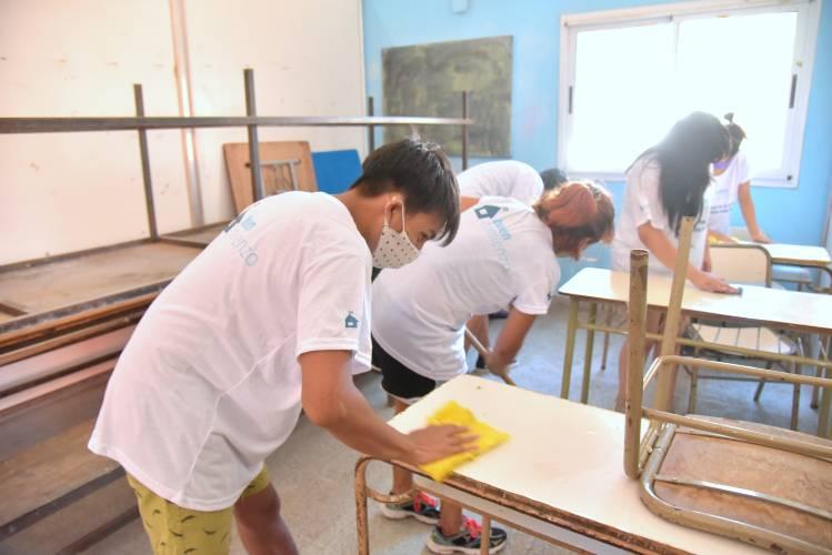 Más de 1.800 voluntarios acondicionaron las escuelas y jardines de San Martín