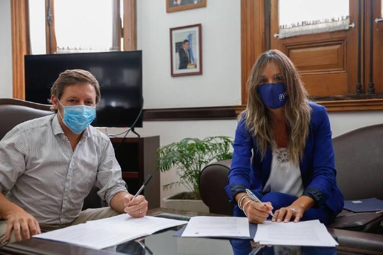 Malena Galmarini y Jaime Méndez firmaron convenio para realizar nuevas obras en Bella Vista