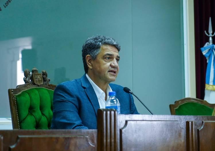 Jorge Macri presentó un amparo contra la suspensión de clases presenciales